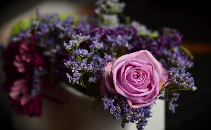 How To Choose The Best Flower Service For Any Event: A Guide? Image